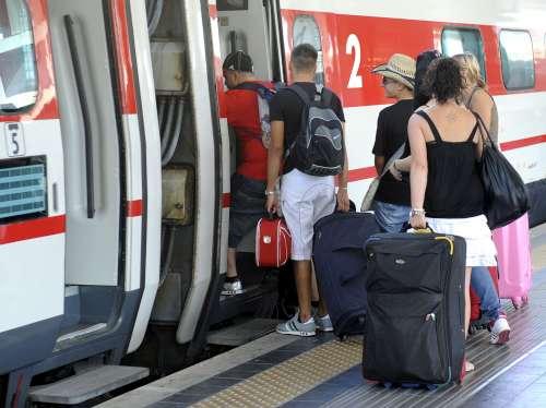 passeggeri treni